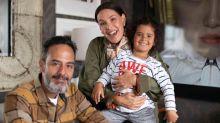 """Carolina Ferraz se isola com filhas e ex-marido em sítio: """"Relação civilizada"""""""