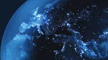 """Amenaza """"real, seria y creciente"""": qué se sabe de la prueba espacial de la que EEUU y el Reino Unido acusan a Rusia"""
