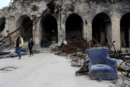 Visitors walk inside Aleppo's Umayyad mosque, Syria January 31, 2017. REUTERS/Omar Sanadiki