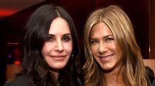 Petit retour sur les apparitions de Jennifer Aniston et Courtney Cox sur le tapis rouge, dont la dernière en décembre !