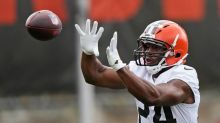 Running mates: Chubb, Browns sign 3-year extension