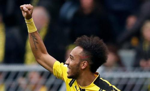 Vai sair? Aubameyang só deixaria o Dortmund para jogar na Espanha
