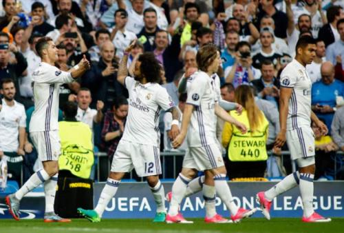 Zidane elogia atuação do Real e exalta Cristiano Ronaldo: 'Ele é único'