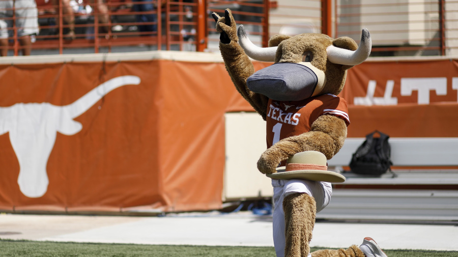 Texas ignoring athletes on troubling song
