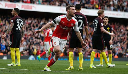 Premier League: Mustafi rettet Arsenal Remis gegen City
