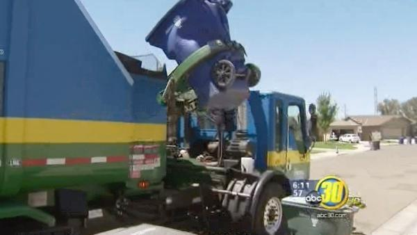 Fresno examining solid waste collection privatization