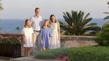 The Spanish Royal Family Just Released Their Adorable Christmas Card