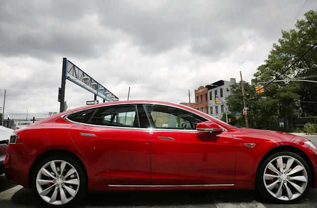 New York spurs EV sales with fast chargers and lower power rates