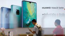 Un móvil de gama alta se vende casi al triple de lo que cuesta fabricarlo