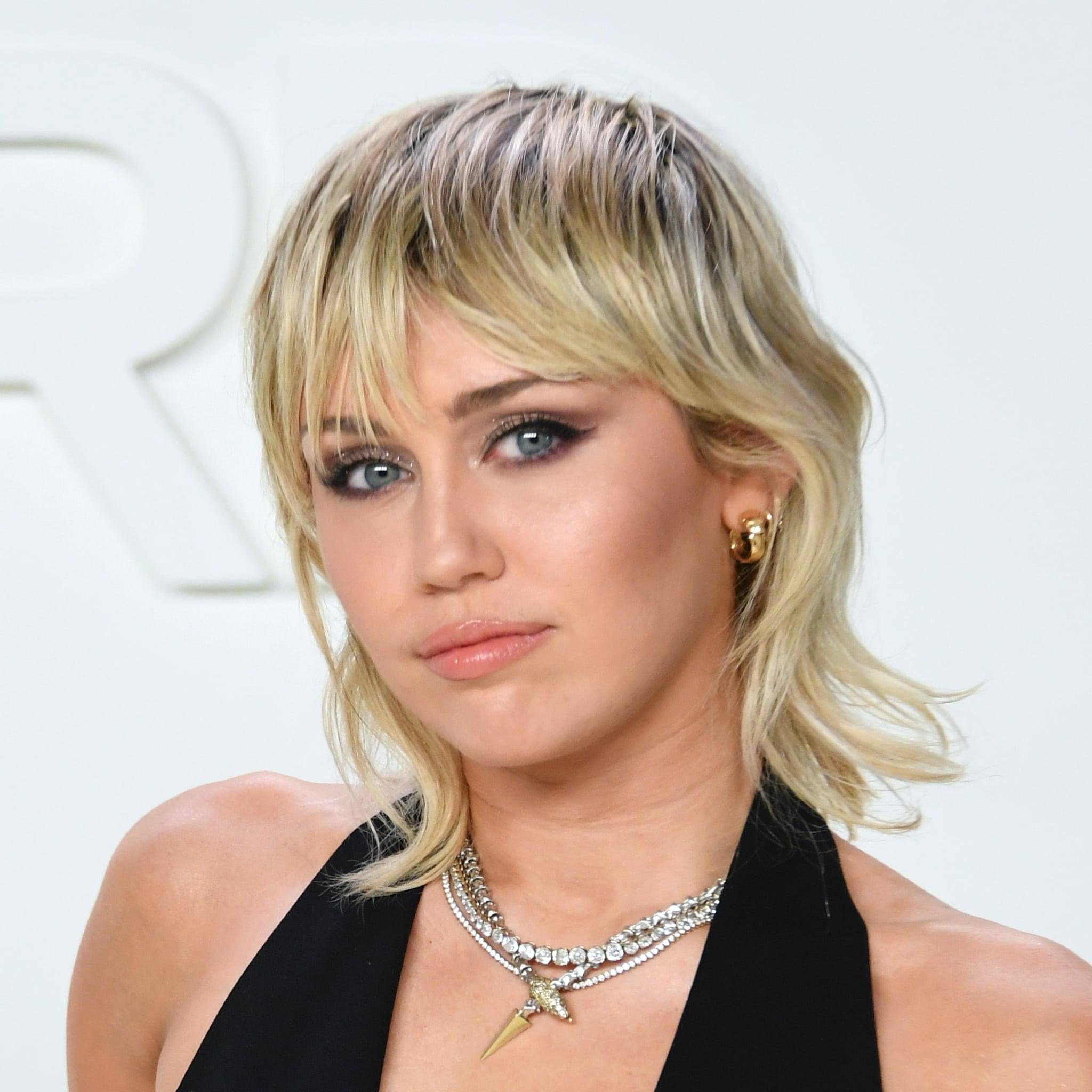 It S A Desperate Time Miley Cyrus Stresses The Importance Of Voting In The 2020 Election