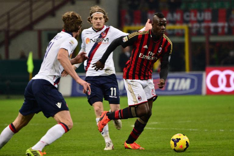 55407e06a064b Mario Balotelli, do Milan, é visto durante partida em 14 de fevereiro de  2014