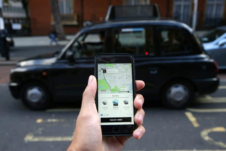 A partir de ahora, los conductores de Uber en el Reino Unido cobrarán al menos el salario mínimo, tendrán derecho a vacaciones pagadas y podrán cotizar a un plan de pensiones al que contribuirá la empresa