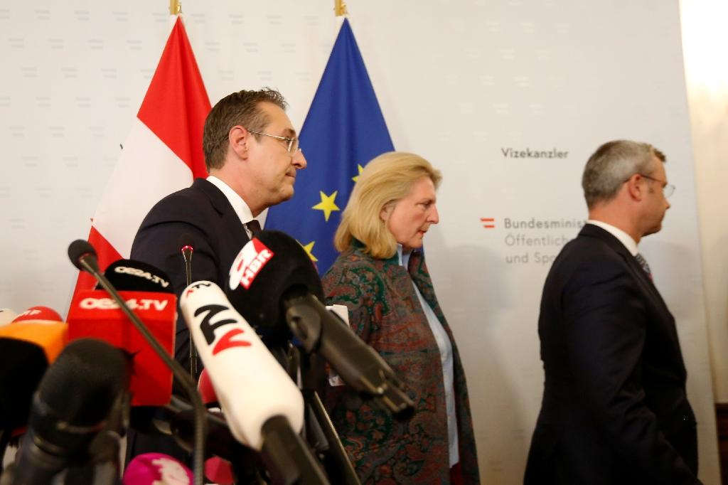 """After years of efforts to clean up the image of Austria's far-right, Heinz-Christian Strache (L) quit Saturday over what he termed a """"stupid, irresponsible mistake"""""""