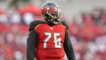Bucs LT: Not sure playing is worth the risk