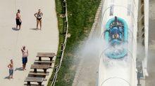 Absuelven a empleados de parque acuático por muerte de niño