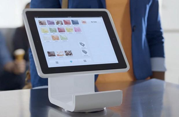 Square Stand turns your iPad into a cash register, on pre-order for $299