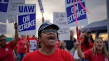 UAW officials vote to extend strike