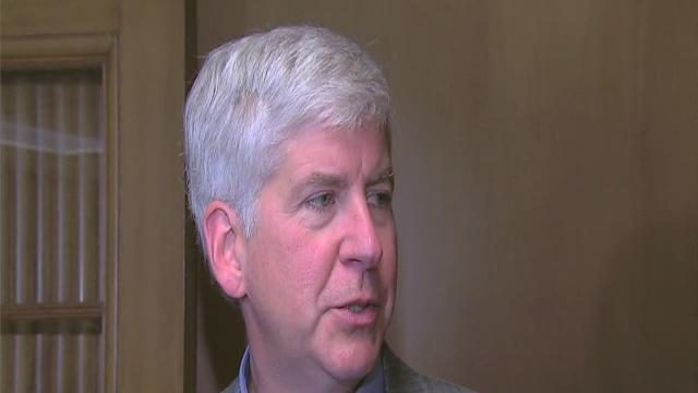 Governor speaks on financial review