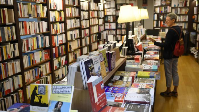 Salon du livre paris avec 3 200 librairies for Salon du livre exposants