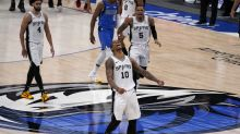 DeRozan ends Spurs' skid with late shot to beat Mavs 119-117