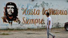A 51 años del asesinato del 'Che' Guevara: ¿Héroe o Monstruo?