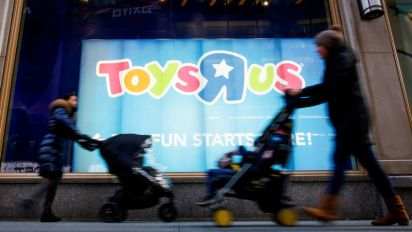 Toy suppliers object to Toys 'R' Us liquidation plan