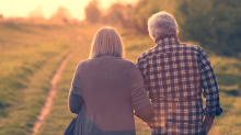 Which ASX dividend shares are best for SMSF retirees?