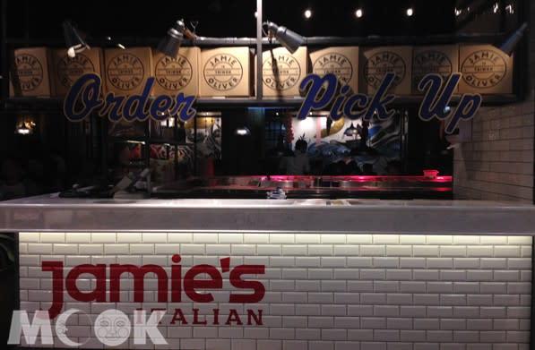 傑米奧利佛在台灣開設的Jamie's Italian於開幕之初受到許多粉絲與饕客朝聖。(圖/MOOK景點家張盈盈)