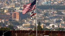 Fronteras de EEUU con Canadá y México cerradas a viajes no esenciales hasta 21 de noviembre