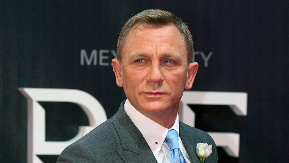 Daniel Craig Is All Business In First Poster For James Bond