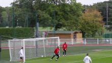 Foot - Bleus - Le bel enchaînement de Nabil Fekir et Kylian Mbappé à l'entraînement avec les Bleus