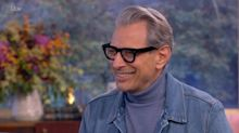 Viewers go wild as Jeff Goldblum 'flirts' outrageously with Holly Willoughby on This Morning