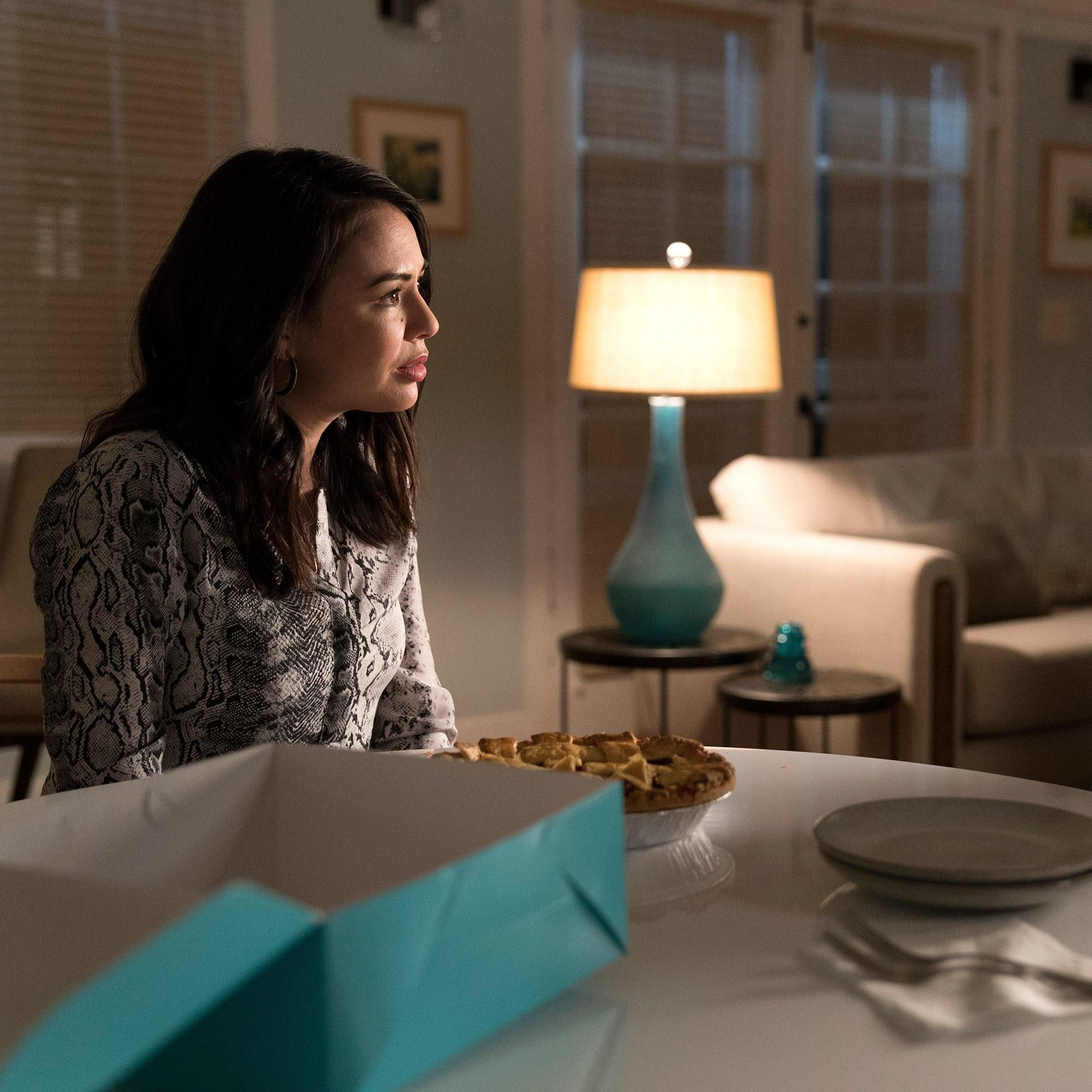 Pretty Little Liars Spinoff The Perfectionists Has Started Production