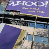 Yahoo Gives Up the Ghost, Agrees to $4.8B Verizon Acquisition