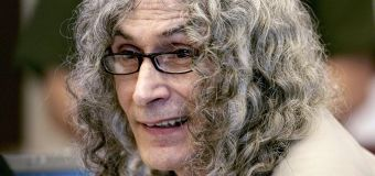 Awaiting execution, 'Dating Game Killer' dies in prison