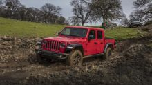 V8-powered Jeep Gladiator 392 sure seems like it's on the way