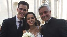 'De surpresa', papa Francisco celebra casamento de brasileiros