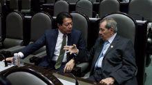 """Ya se decidió al vencedor"": Diputados piden a Mario Delgado aceptar triunfo de Muñoz Ledo"