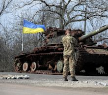 US considering sending missiles to Ukraine, as Russia amasses 100,000 troops on border