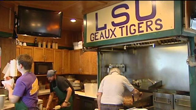 Omaha gets ready for LSU fans & the College World Series