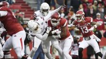 Arkansas fumble turns into a 33-yard gain and a go-ahead TD two plays later
