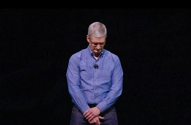 Apple and Microsoft address Orlando, avoid gay community