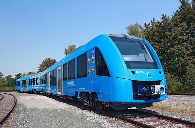 Hydrogen fuel cell train offers pollution-free rail trips