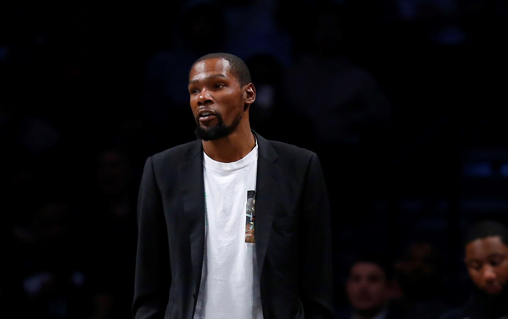 杜蘭特力挺大帝Simmons:不應該責怪他們,每年都換隊友,球隊很難打得好!-黑特籃球-NBA新聞影音圖片分享社區