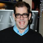 Richard Osman compares refusing to wear face masks to not wearing a seatbelt: 'These people will always be around'