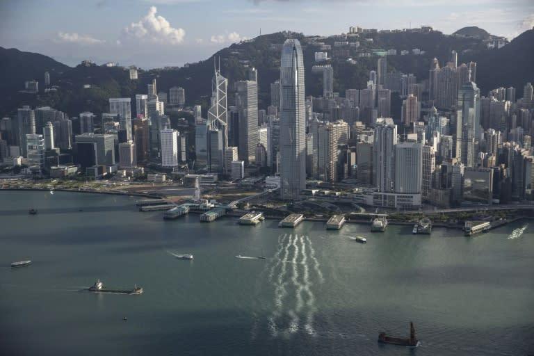Hong Kong police arrest smuggling group for helping speedboat fugitives