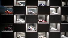 Diese Sneakers werden auf Ebay für 57.000 Euro gehandelt