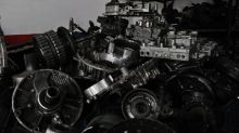 DAN or BWA: Which Stock Is a Better Auto Parts Manufacturer?