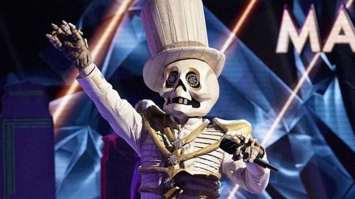 'Masked Singer' Skeleton is late-night TV legend