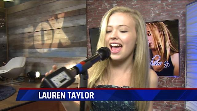 Lauren Taylor Sings `Locked Out of Heaven` Cover